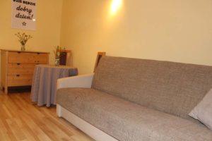 Sypialnia w rodzinnym dwupokojowym Domku Lato
